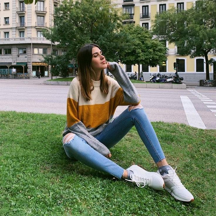 mery turiel estilo instagram zapatillas blancas