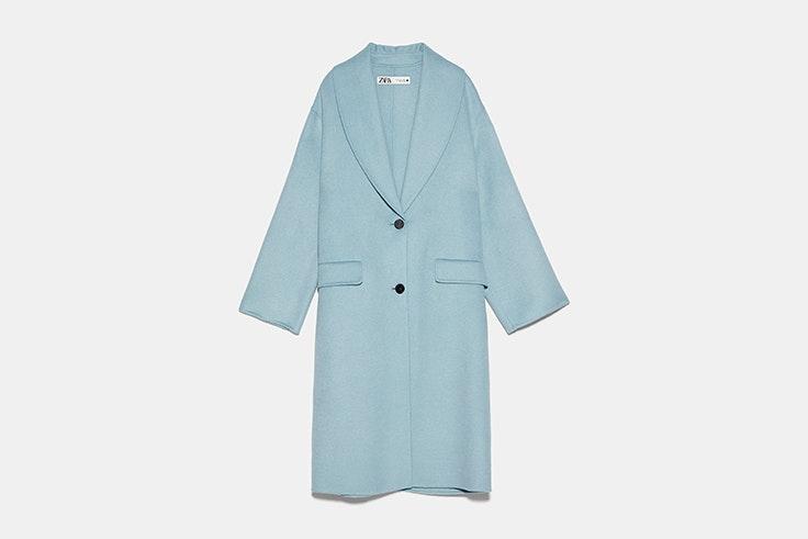 Abrigo oversize con lana color verde azulado de Zara Olga Sicilia