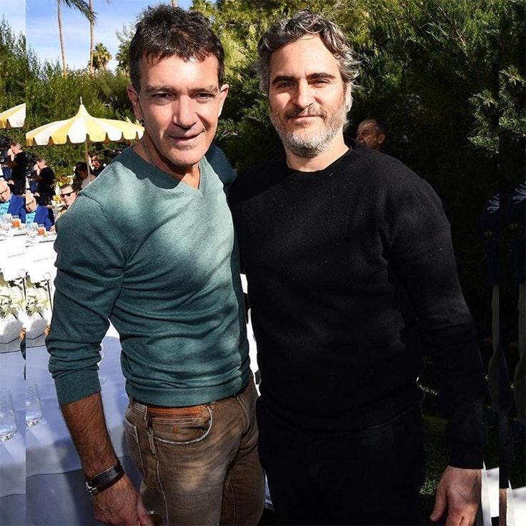 Antonio Banderas junto a Joaquin Phoenix