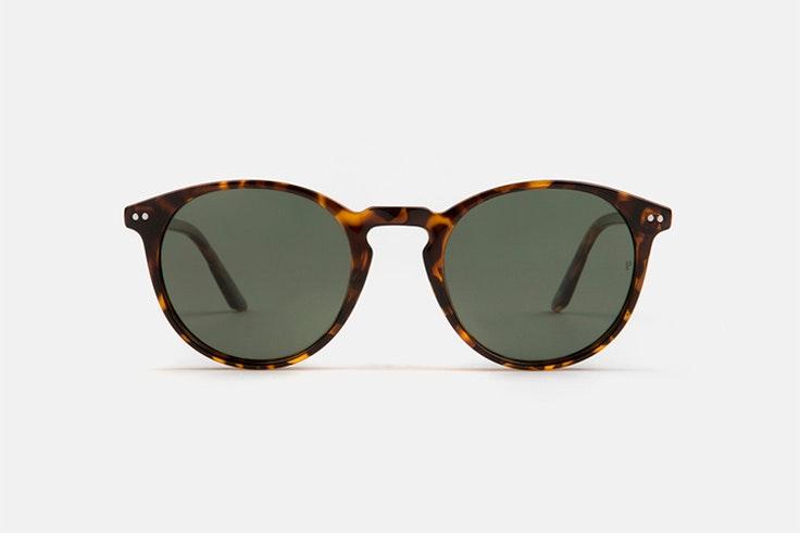 Gafas de sol de pasta en color marrón de Multiópticas