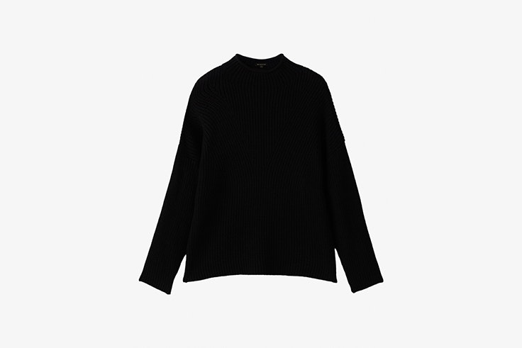 jersey negro de punto con cuello chimenea de Massimo Dutti total black