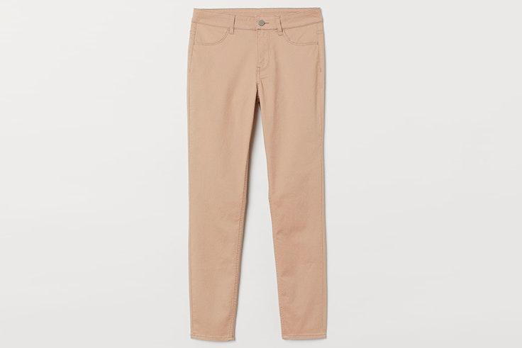 Pantalón tobillero en color beige de H&M