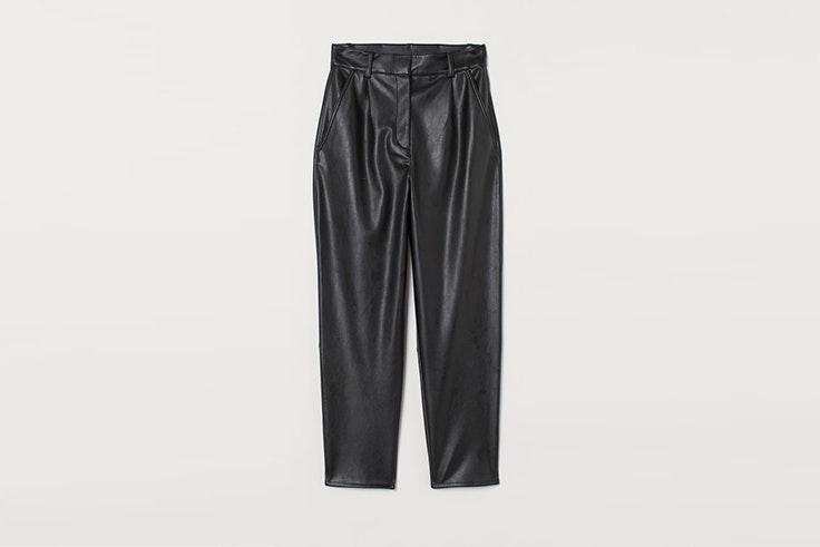 pantalon en piel sintetica negro de hym Pernille Teisbaek
