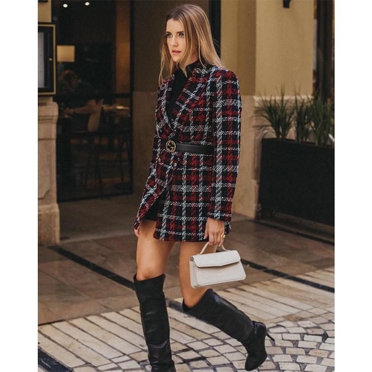 ana vera looks 1 chaqueta de tweed y botas altas