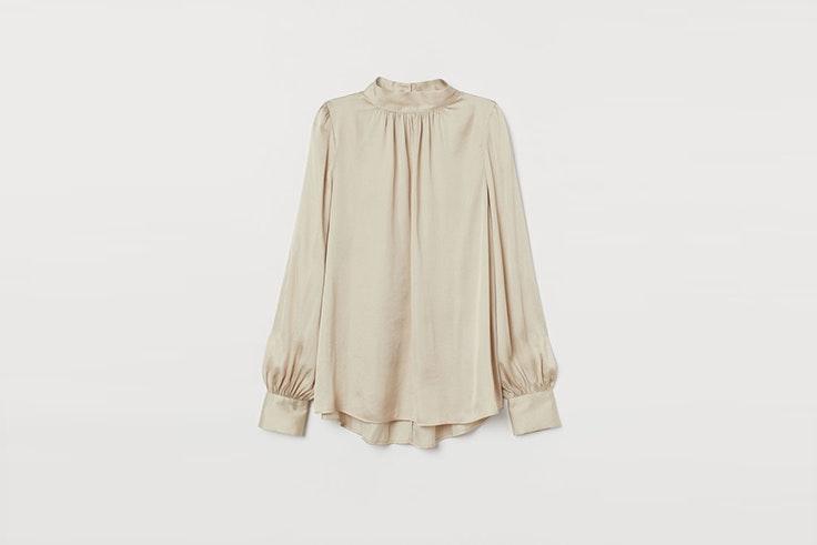 blusa holgada tipo satinada de hym blusas románticas