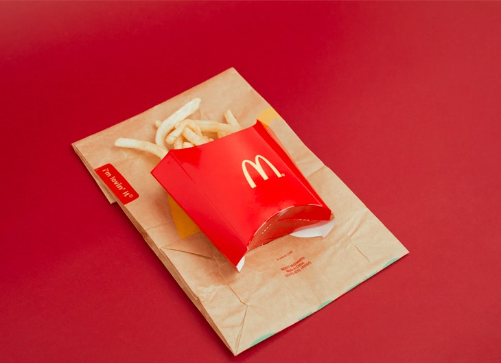 happy change, McDonalds comienza a retirar el plástico
