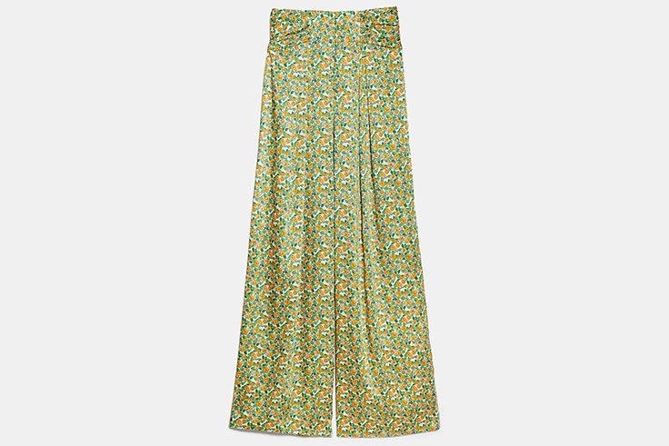Pantalón ancho de tiro alto con estampado de flores zara