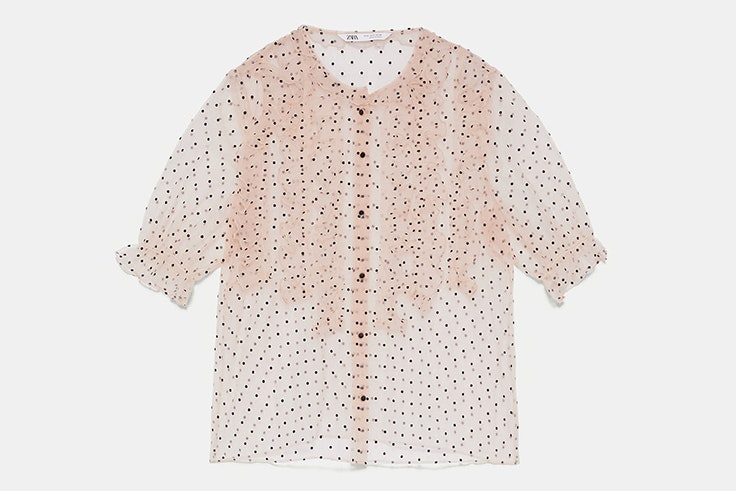 Blusa de organza con lunares de Zara