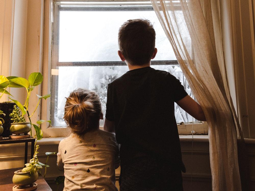Niños durante el confinamiento