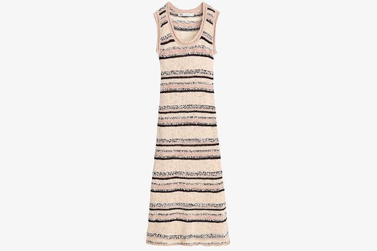 Vestido largo de punto y rayas de colores de Zara