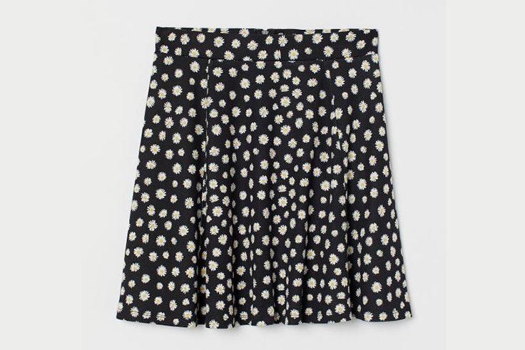 Falda con estampado de margaritas de H&M