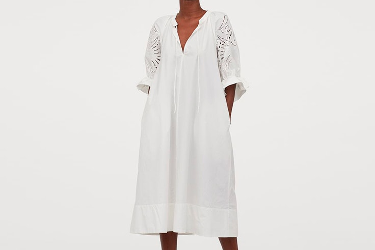vestidos blancos tendencia hm Vestido midi con mangas bordadas