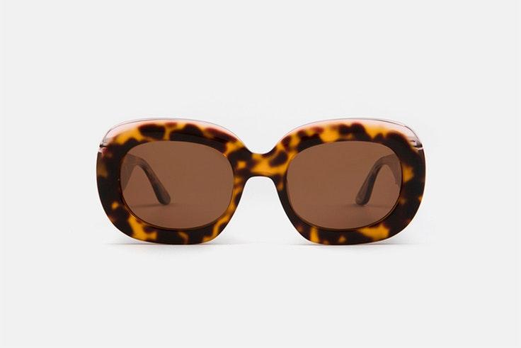 Gafas de sol ovaladas en carey multiopticas