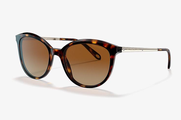 Gafas de sol de acetato marrón y metal dorado de Tiffany & Co sunglass hut