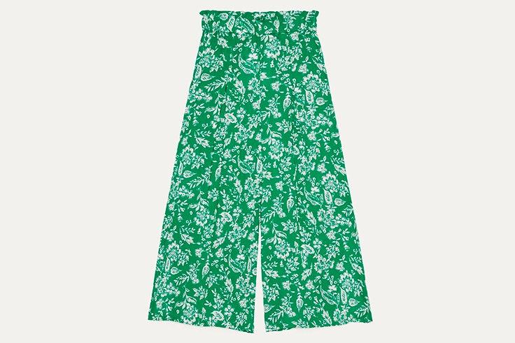 Pantalón verde con estampado de flores de bershka