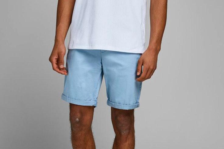 novedades de jack and jones verano 2020 Bermudas cortas en color azul claro