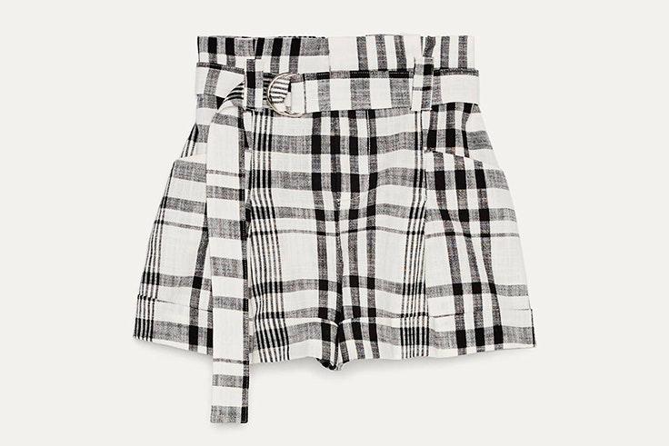 pantalones cortos para verano 2020 Pantalón corto de cuadros de Bershka