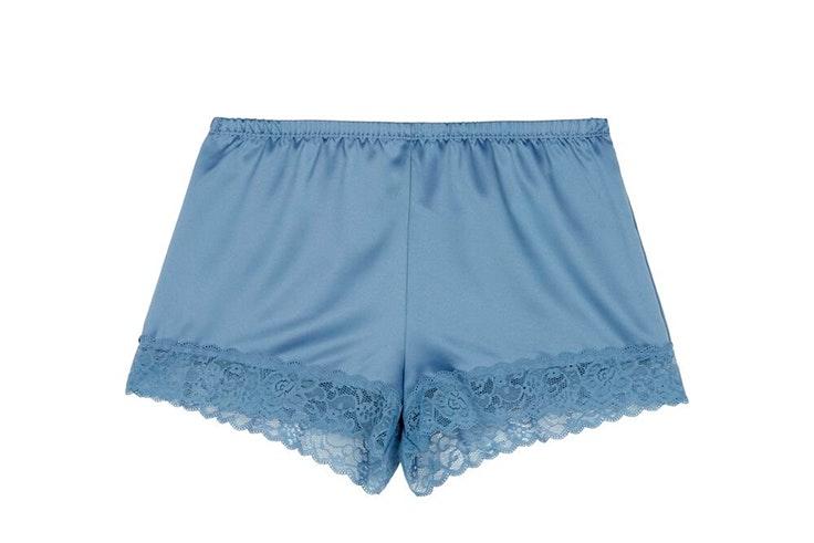 Pantalón corto en color azul con encaje de Tezenis