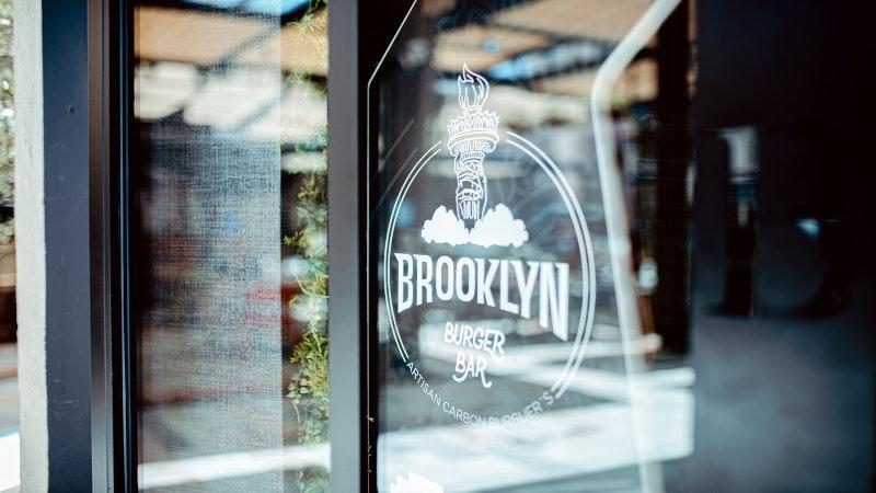 BROOKLYN PLAZA MAYOR- Logo.jpg