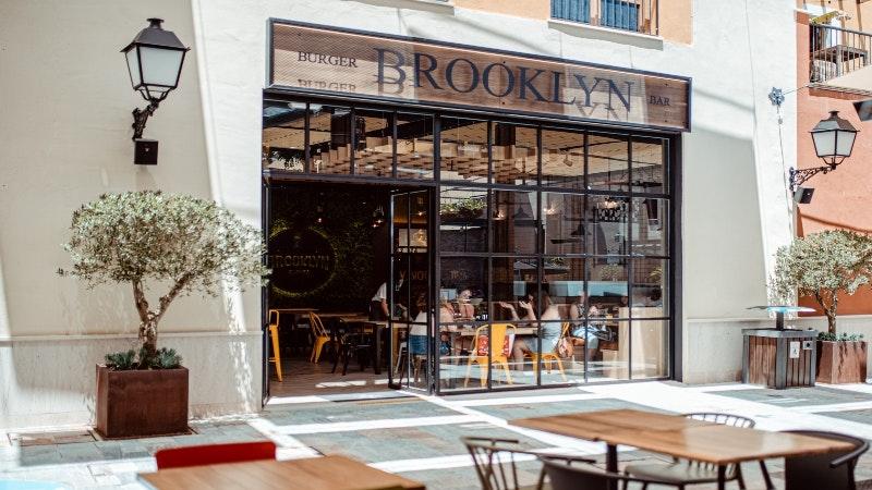 BROOKLYN PLAZA MAYOR- Fachada restaurante.jpg