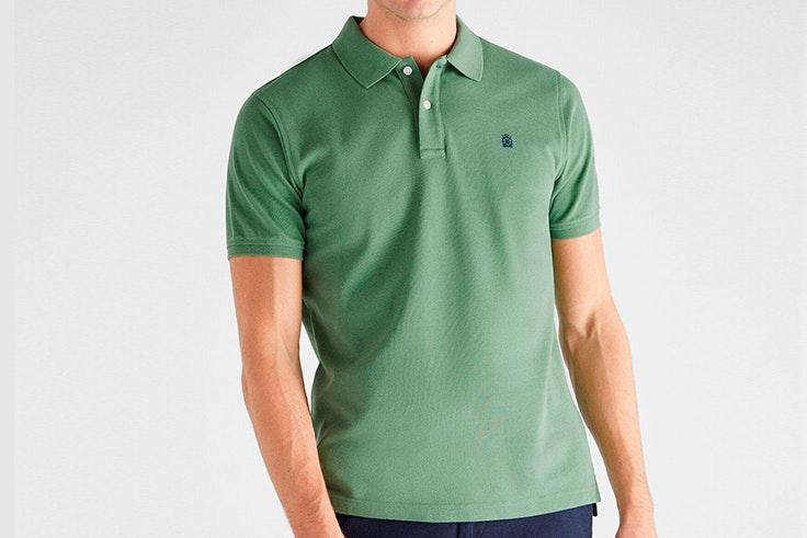 Polo clásico en color verde de Cortefiel