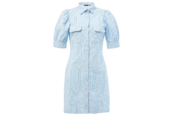 Vestido color azul pastel con bordados