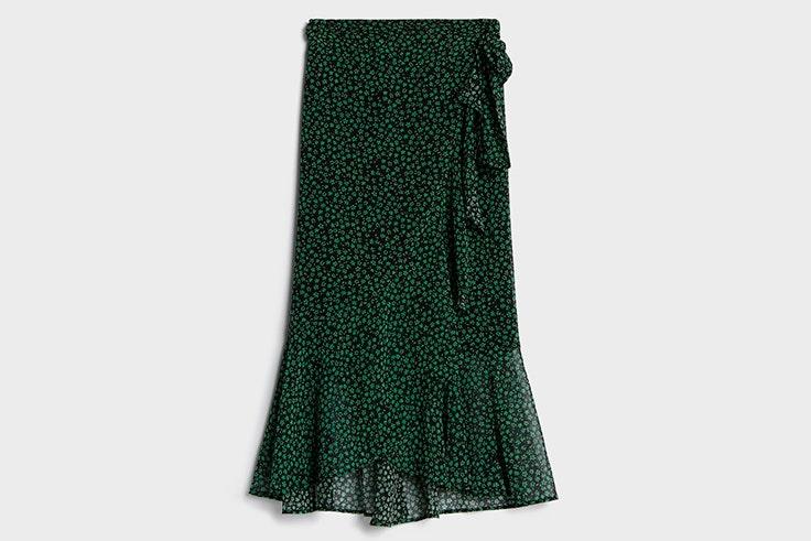Falda midi con estampado de flores de Bershka
