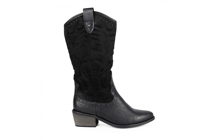 Botas cowboy en color negro de Chika 10 natalia coll