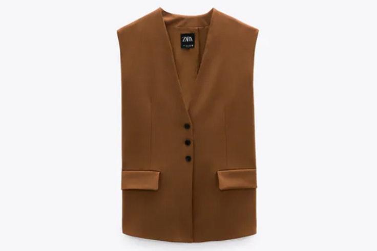 Chaleco marrón de Zara nueva colección otoño invierno 2020