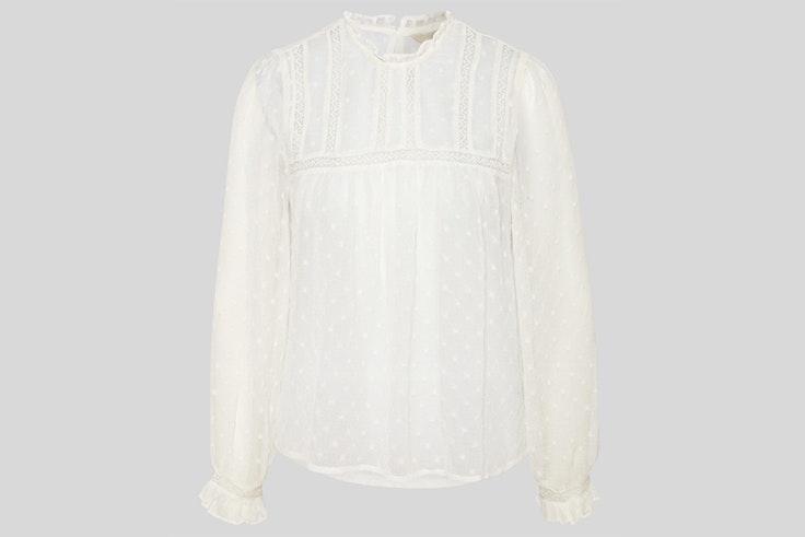 Camisa blanca con puntilla y volantes de C&A