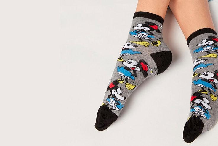 Calcetines con estampado de Disney para mujer novedades de Calzedonia