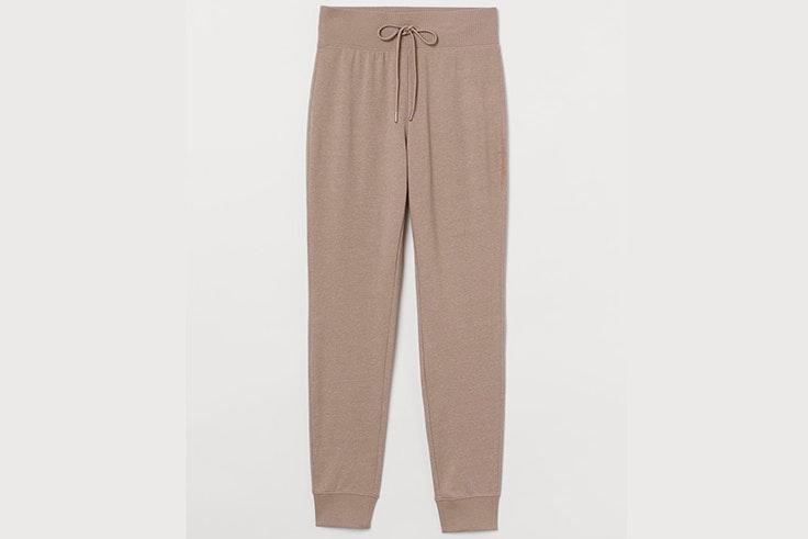 Pantalones jogger en color beige de H&M