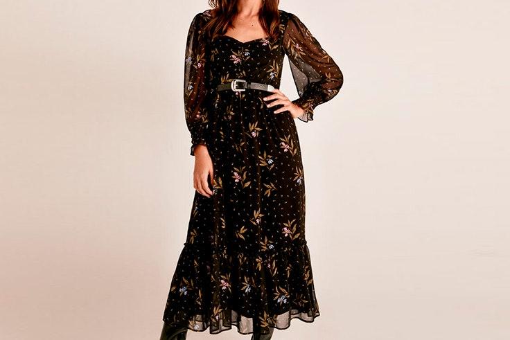Vestido negro largo con transparencias de Cortefiel