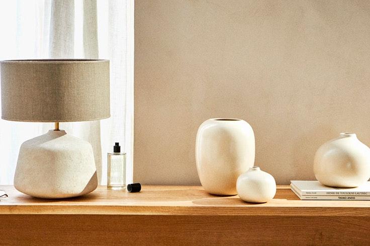© Zara Home tendencia deco detalles jarrones y lamparas