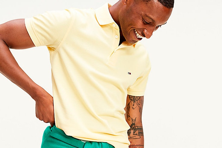 tendencia para hombre primavera estilo masculino Polo amarillo de Tommy Hilfiger