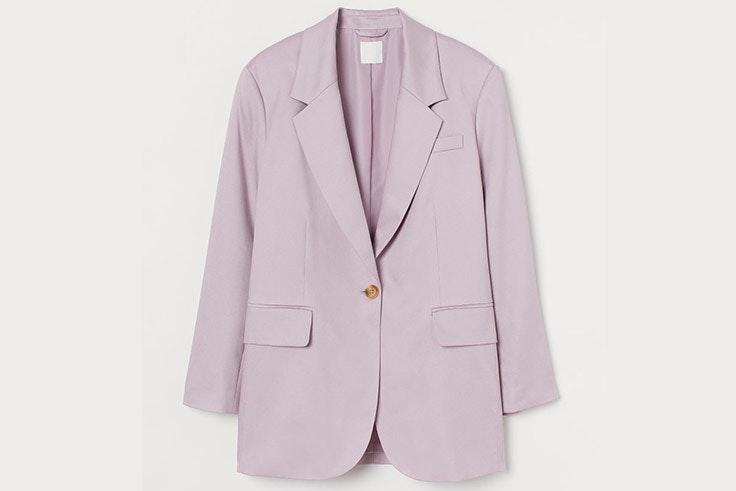 Chaqueta americana de lino en color lila de H&M