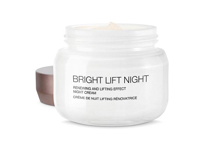 Crema Bright Lift Night de Kiko Milano cremas para pieles maduras