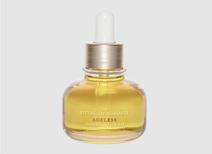 cuidar tu piel por la noche Restoring Face Oil de Rituals