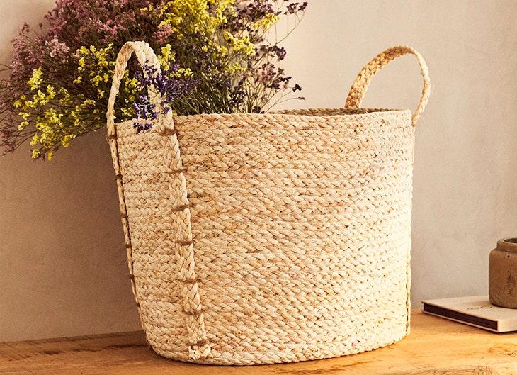 Zara Home cesta de trenzas con asas