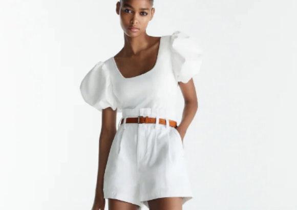 Pantalón corto blanco, Zara.