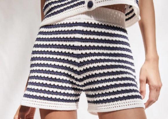 Shorts de punto, Zara.