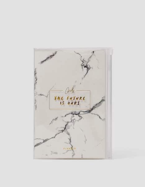 Planner, Stradivarius, 9,99€