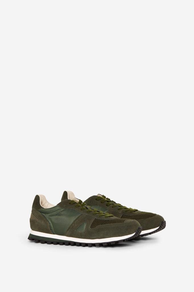 Sneakers, Springfield, antes a 39,99€ agora a 25,99€