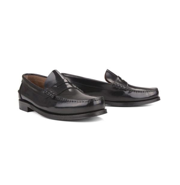 Sapatos, antes a 119,95€ e agora a 71,97€