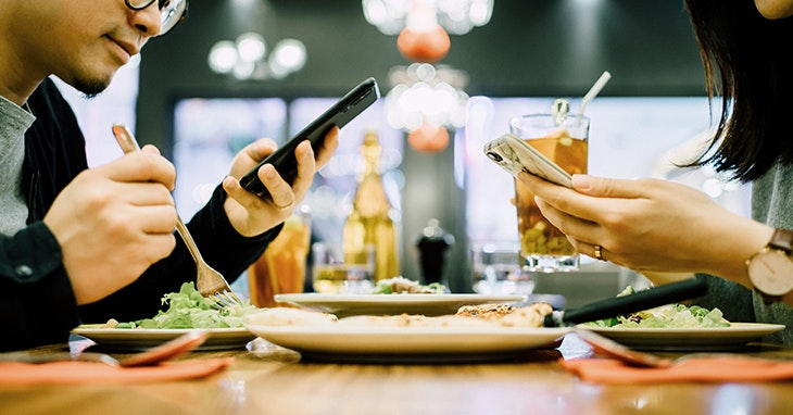 Comer com descontos? Conheça as 5 apps do nosso Centro!