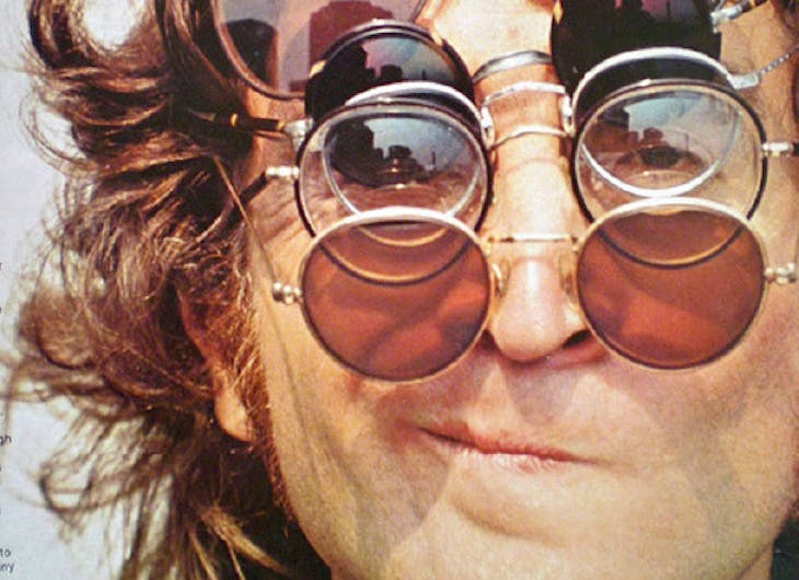 Las gafas de sol redondas siempre a la moda
