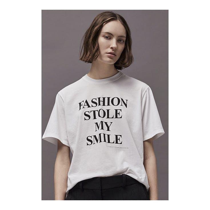 Conoce las divertidas camisetas con frases