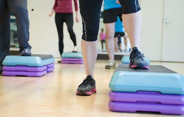 5 ejercicios básicos para glúteos y piernas