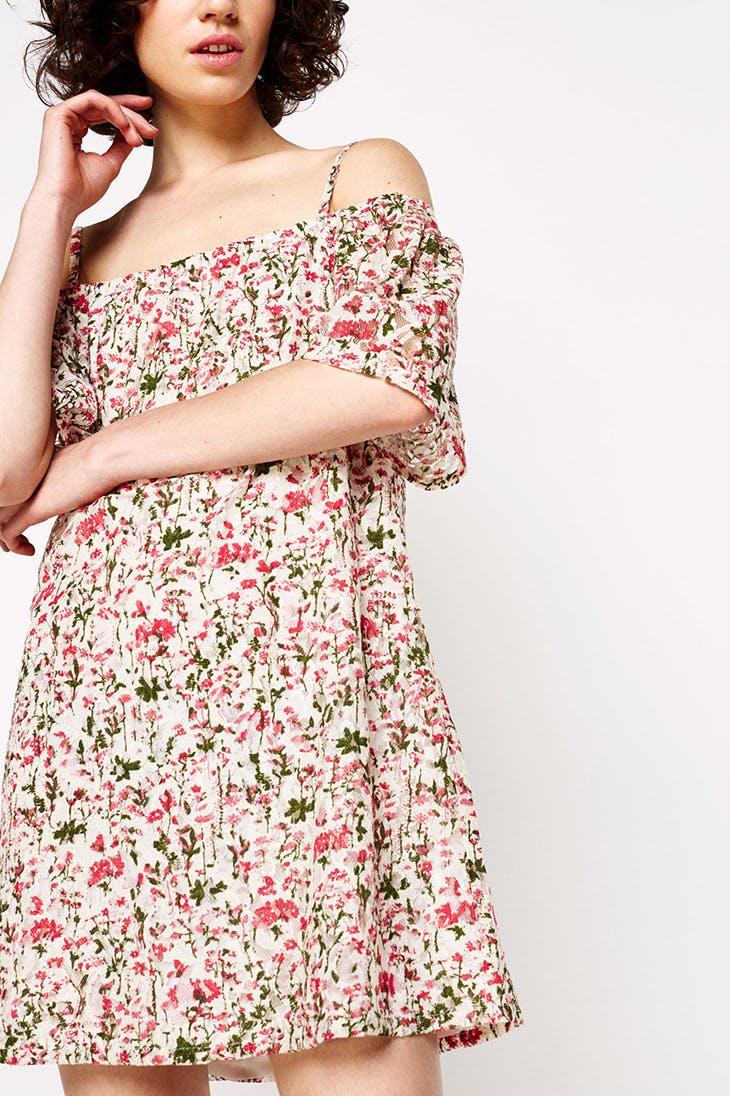 Vestidos largos vs cortos: imprescindibles este verano