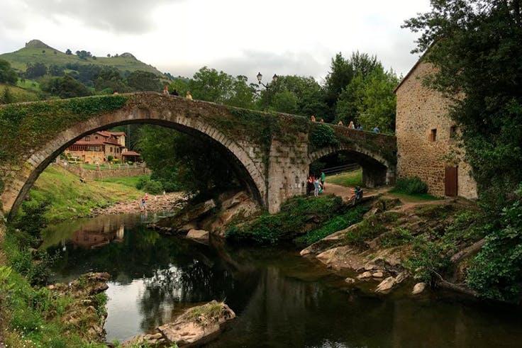 Liérganes, Cantabria, turismo, puente, río